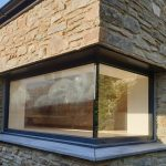 Floating window external